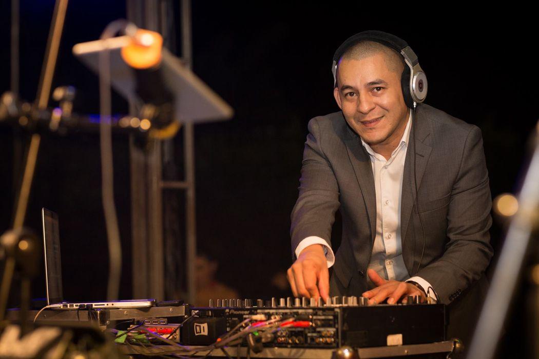 DJ Cesar García