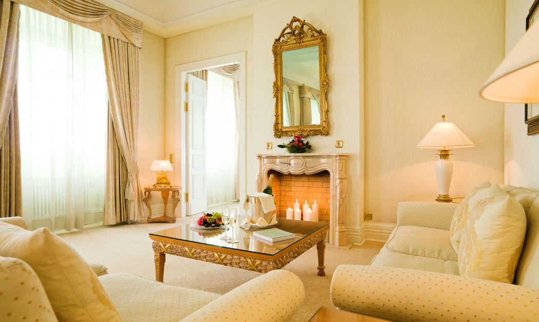 Beispiel: Hotelzimmer, Foto: Althoff Grandhotel Schloss Bensberg.