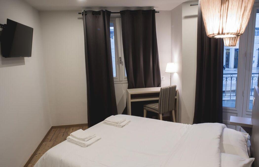 Hôtel Montpellier-Centre Saint-Roch***
