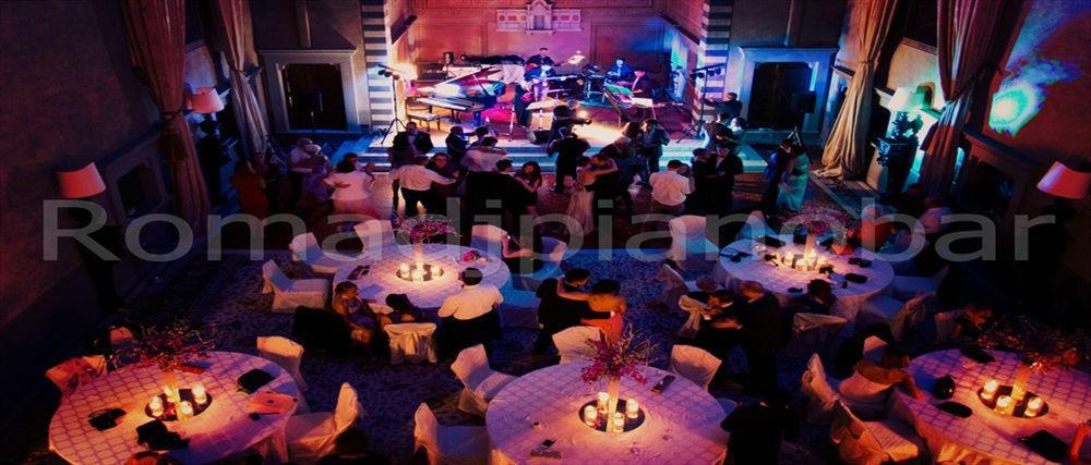 Intrattenimenti musicali per eventi e ricevimenti di matrimonio Romadjpianobar info@romadjpianobar.com http://www.romadjpianobar.com Live Band