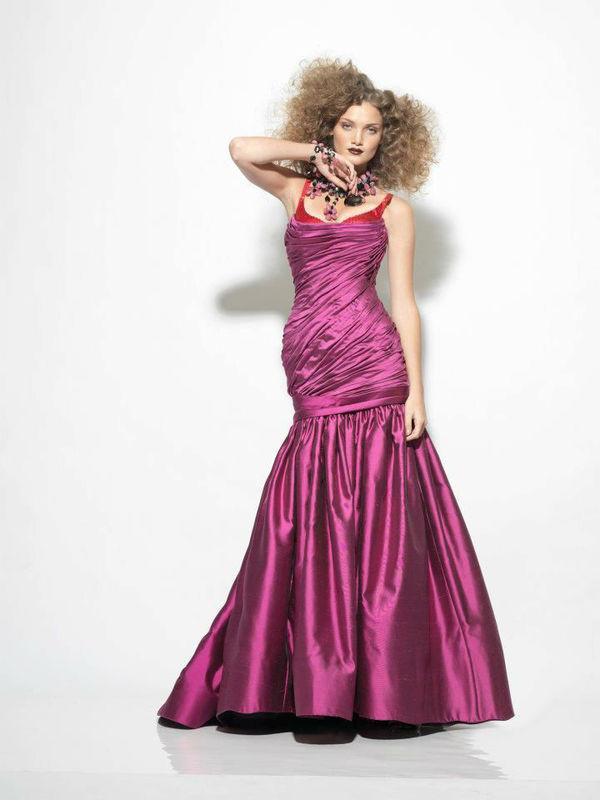 diseño de vestido de Noche , Alberto Rodriguez