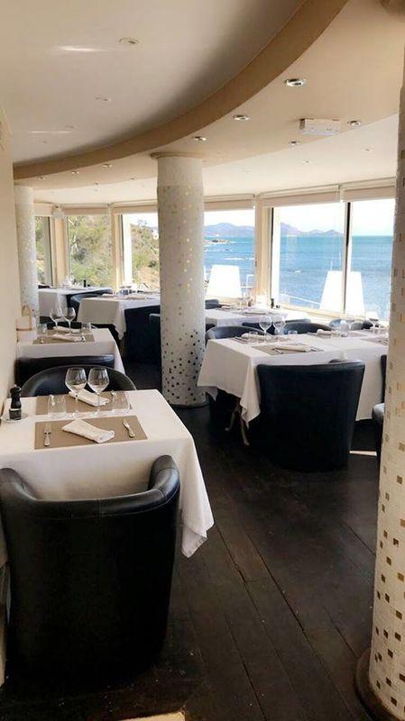 Le Cercle - Plage Privée - Restaurant