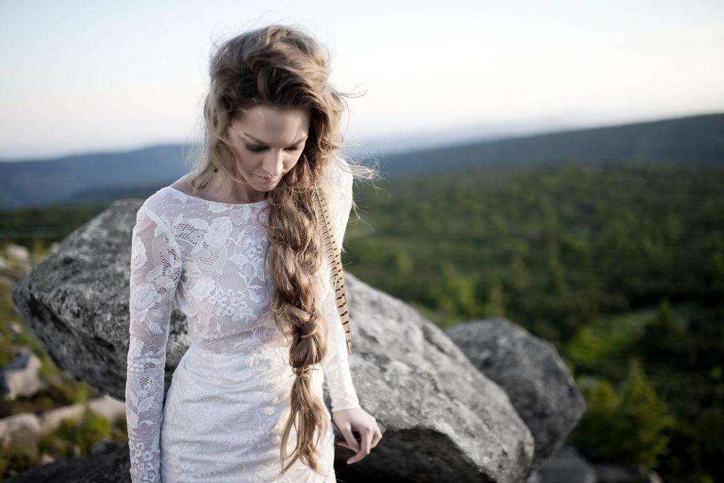 ANNA KARA - ELIE