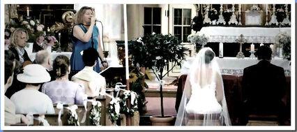 Beispiel: Kirchliche Trauung,  Foto: Julia - Sängerin & Discjockey.