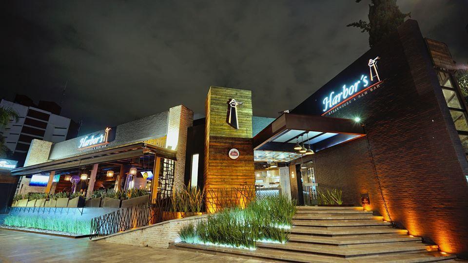 Harbors Restaurant