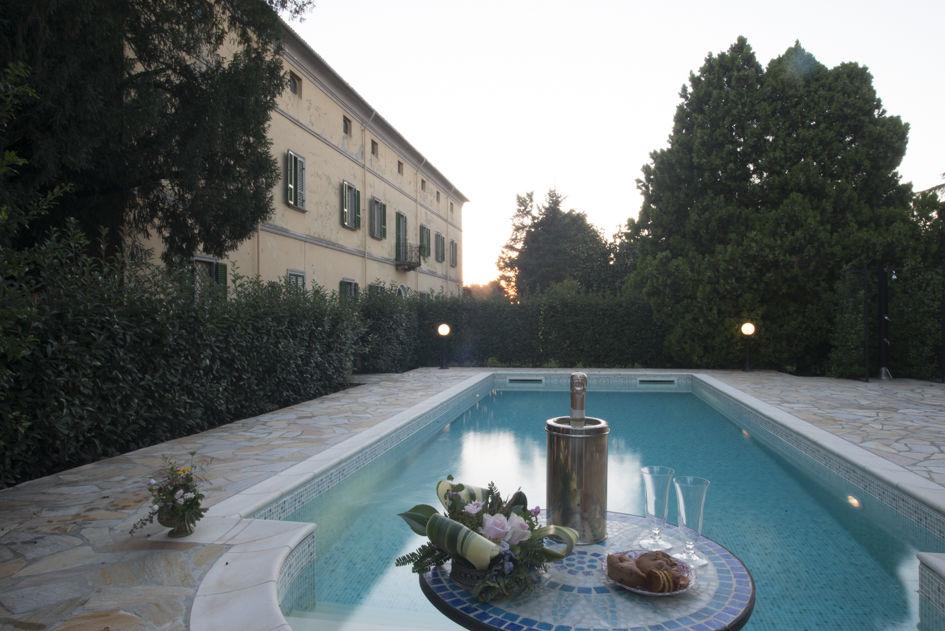 Piscina, Villa di Settima