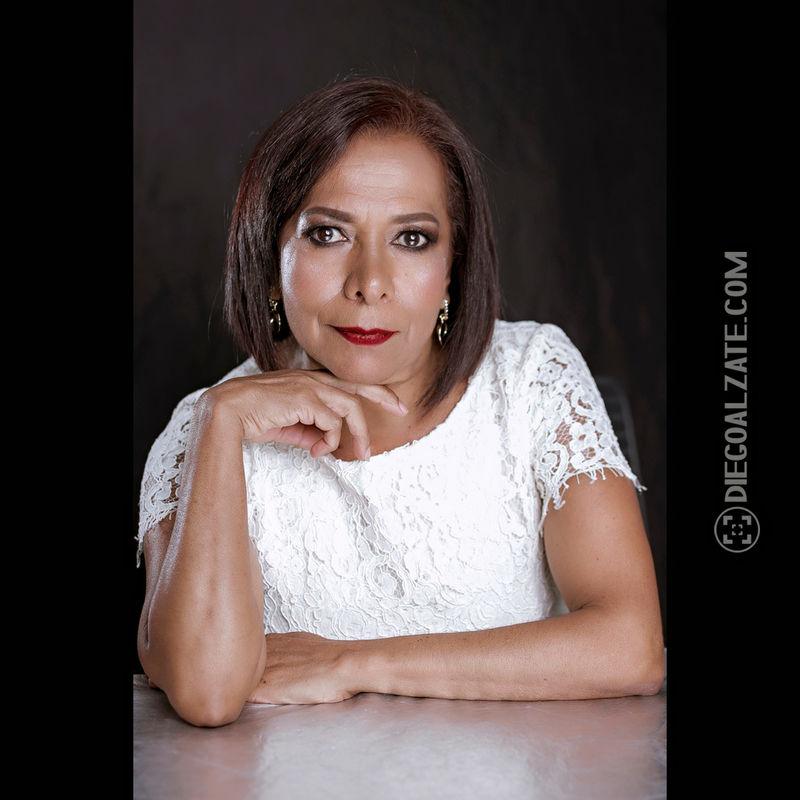 Diana Henao Make Up Artist