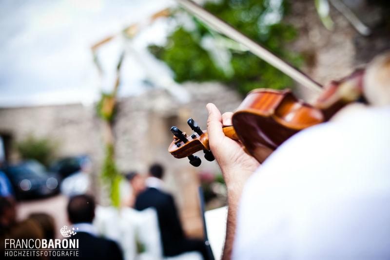 Beispiel: Einmalige Inszenierung Ihrer Trauzeremonie, Foto: Franco Baroni.