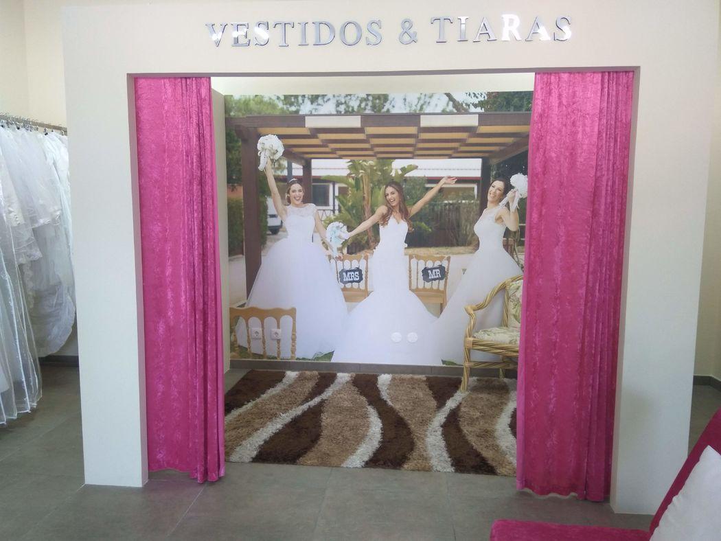 Vestidos & Tiaras