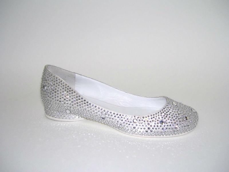 Scarpa da sposa - Ballerina - Raso Seta Bianco - Swarovski Crystal Hotfix.  www.andreaiommi.it