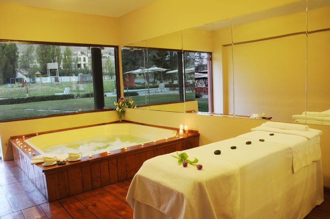 Hotel El Lago Estelar y Centro de convenciones