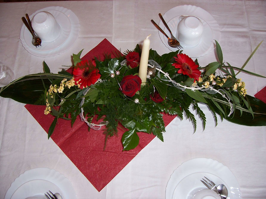 Beispiel: Florale Dekoration, Foto: Sandra's Blütenzauber.