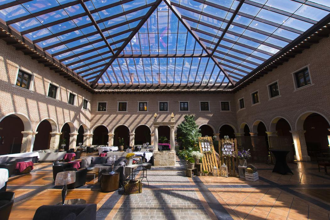 AC Hotel Palacio de Santa Ana