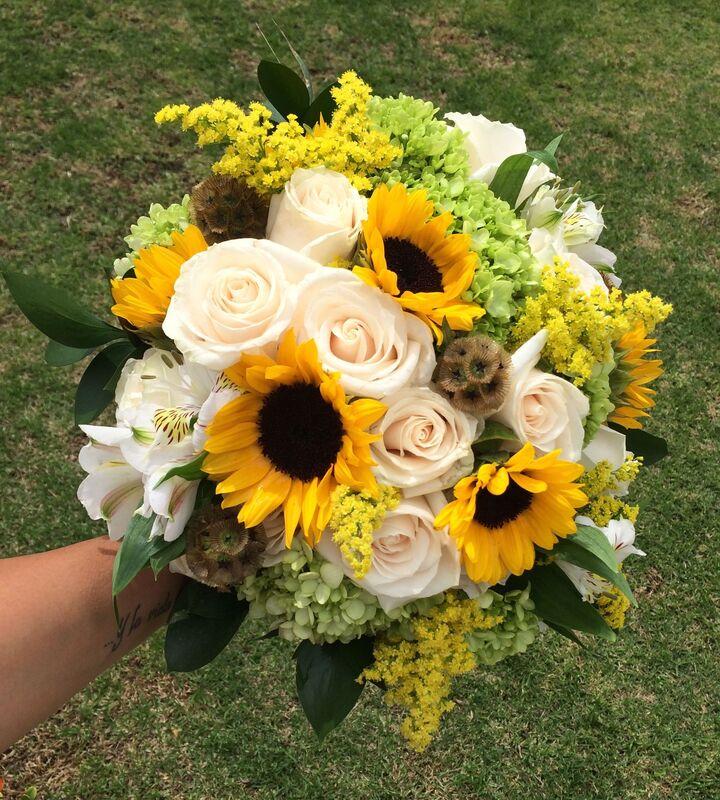 Bouquet Amarillo - Muscari Diseño Floral