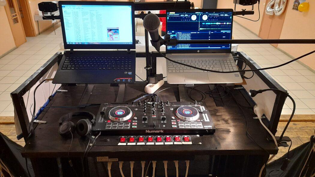 CHRIS.MUSIC.DJ 21
