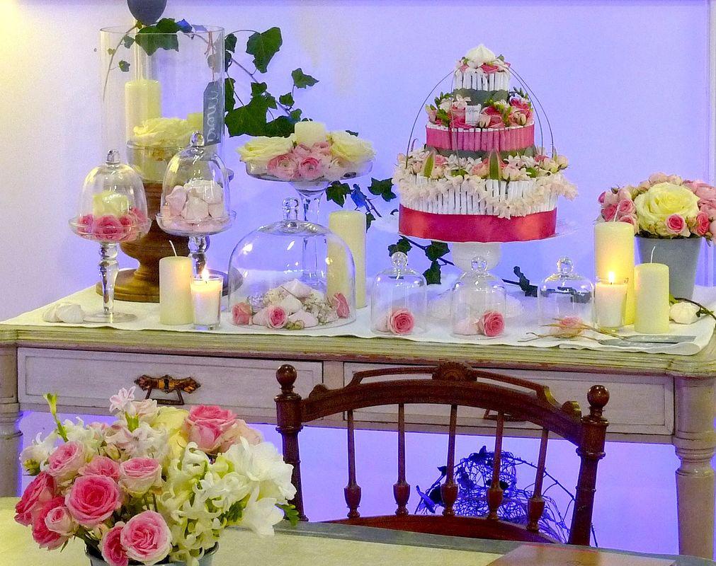 GoodMoon - Petite console de décoration cloche de verre fleurs -  table ancienne