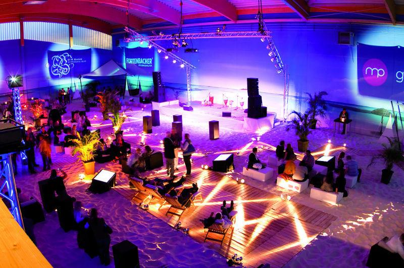 Beispiel: Technik für Lichtshow, Foto: BeachCenter Hamburg.