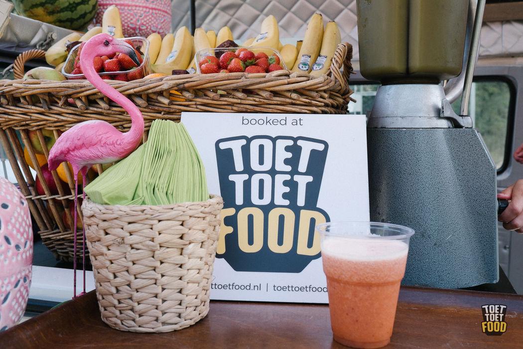 Toettoetfood   Boek een foodtruck