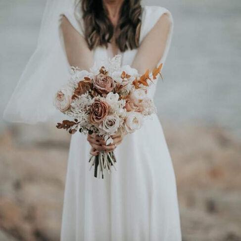 Delphine Ciaravola weddings