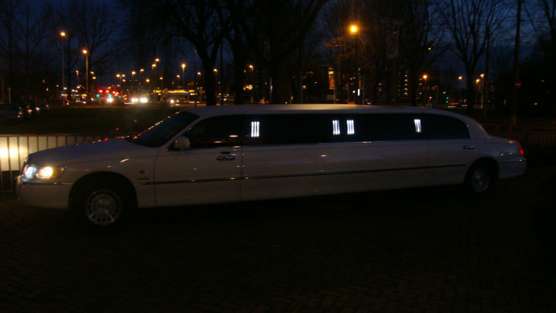 1st Limo Limousine Verhuur