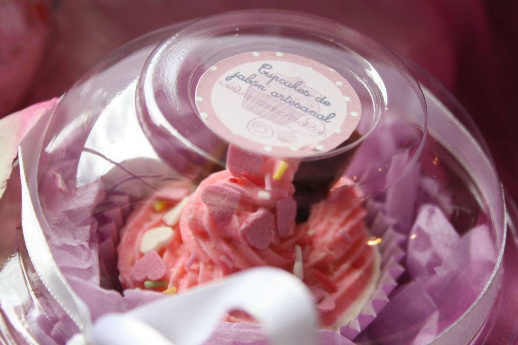 Cupcakes de jabón con etiqueta personalizada