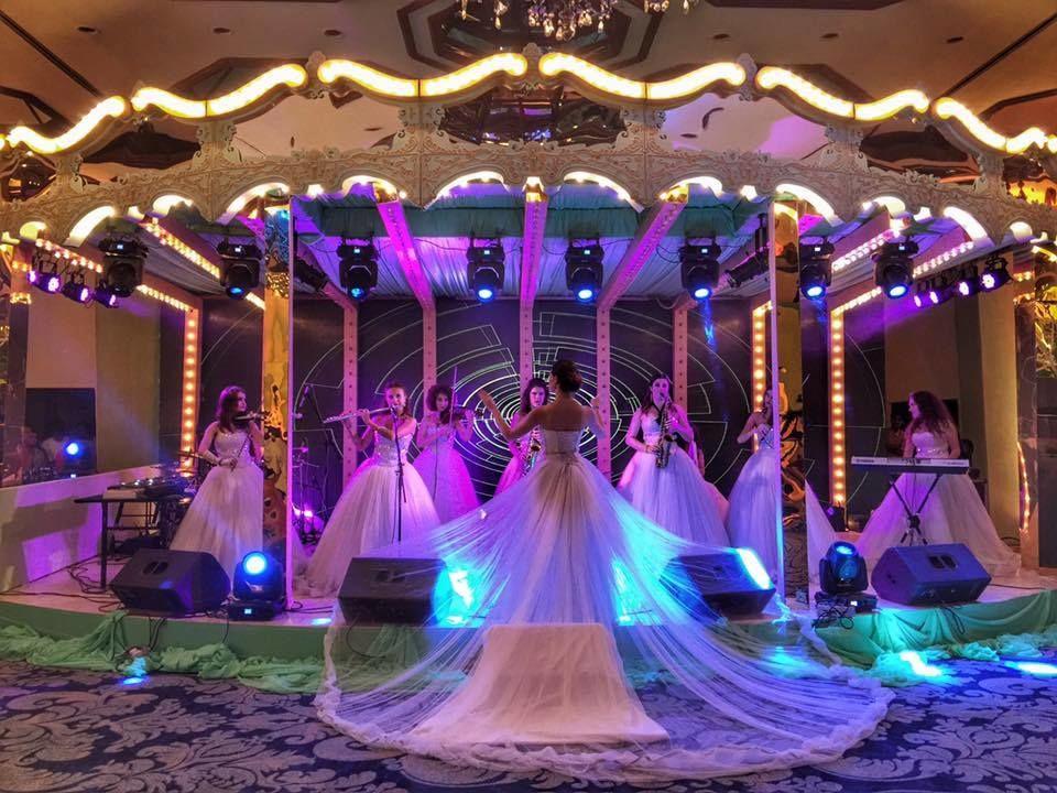 Wedding Xtraordinaire