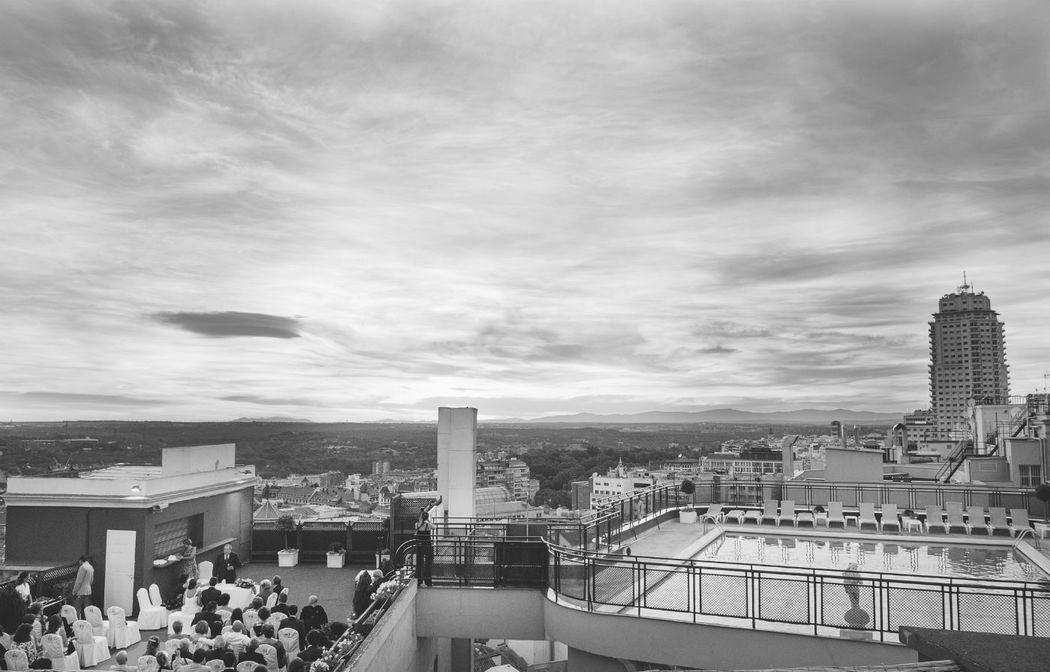 Fotografía documental de boda en Madrid y Badajoz. Estilo fotoperiodismo