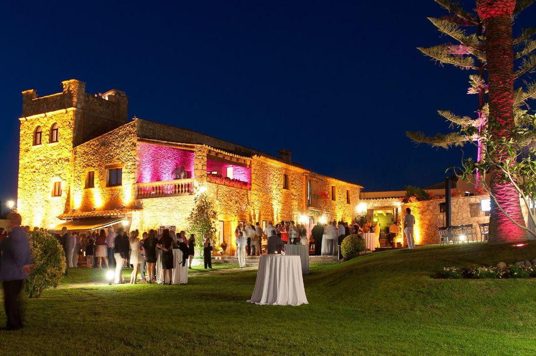Свадьба в средневековом замке Mas Falet 1682 в Испании