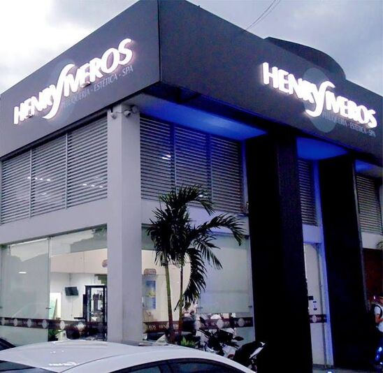 Peluquería Henry Viveros
