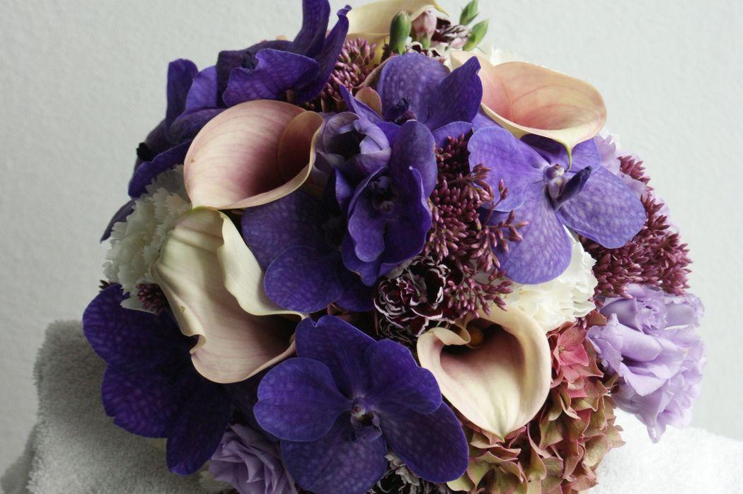 #Nature Lodge #Brautstrauss #Brautstrauss Orchideen