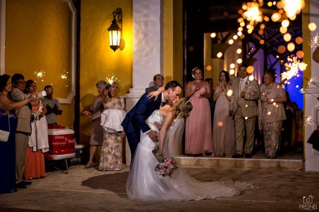 Alan Fresnel - Destination Wedding Photographer