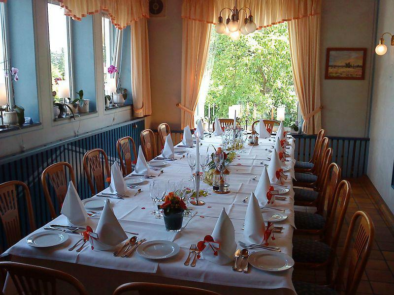 Beispiel: Tafel - Tischgedeck, Foto: Restaurant Prinzenquelle.