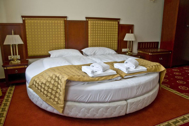 Hotel Holiday Villa Park