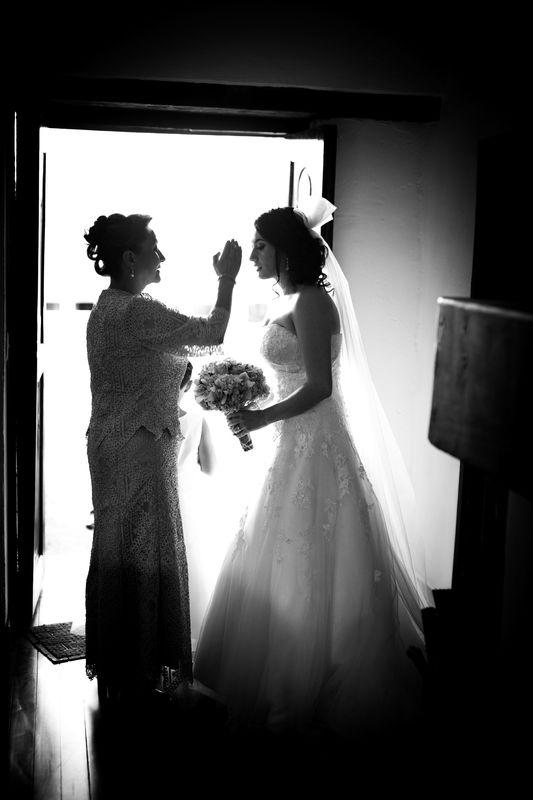 Sesion photo shoot maquillaje, #remansodelrio, #fotografoenbogota #fotografodestino #fotografodearte #fineartphotography Subachoque, wedding planner