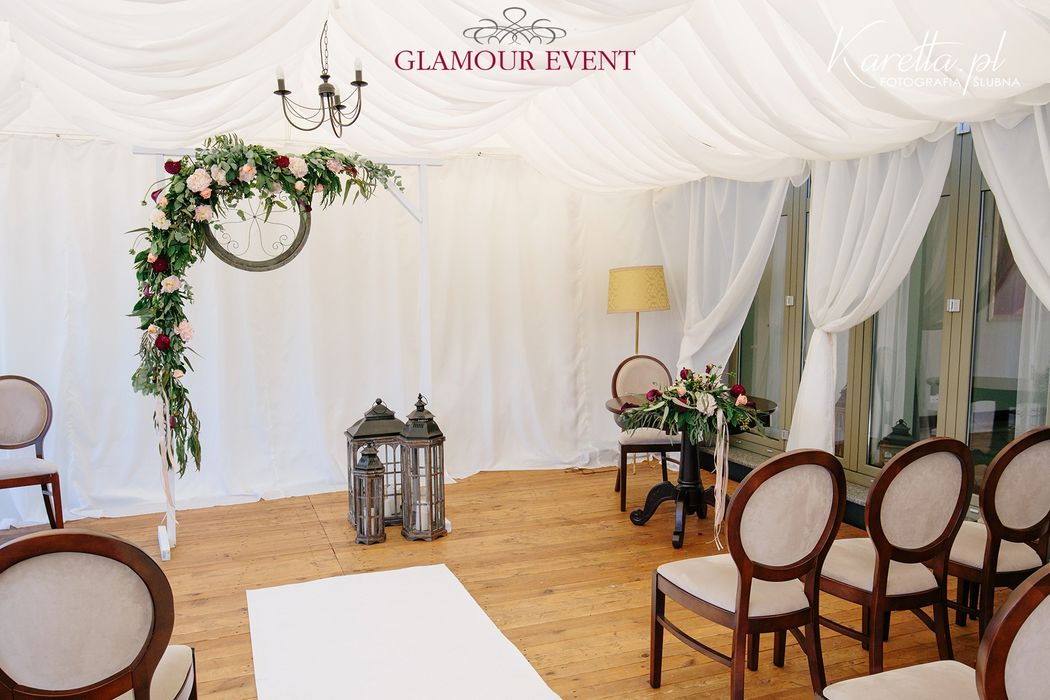 GLAMOUR EVENT