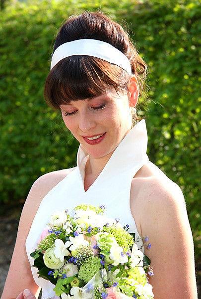 Beispiel: Einzigartige Brautfrisur, Foto: Welt der Schönheit.
