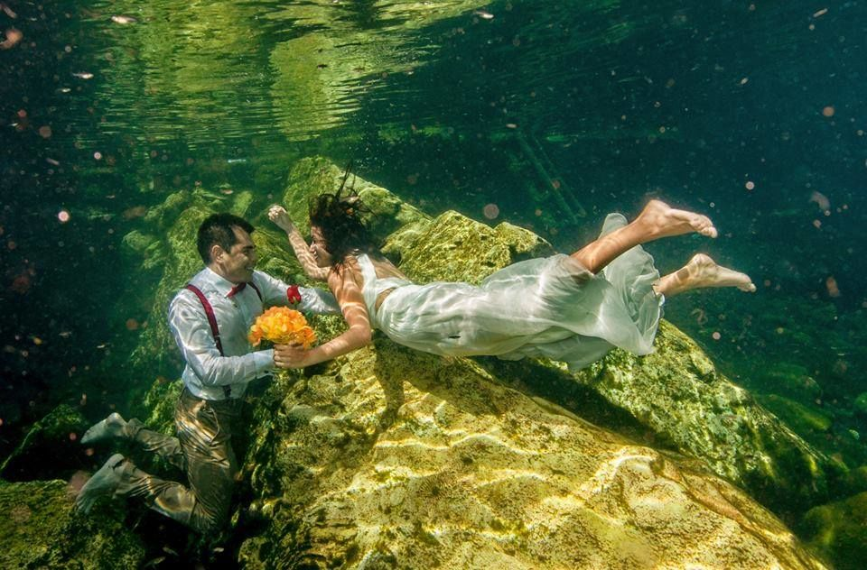 Trash the Dress en Cenote