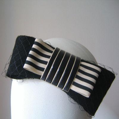 María José Mendoza , sombreros y tocados