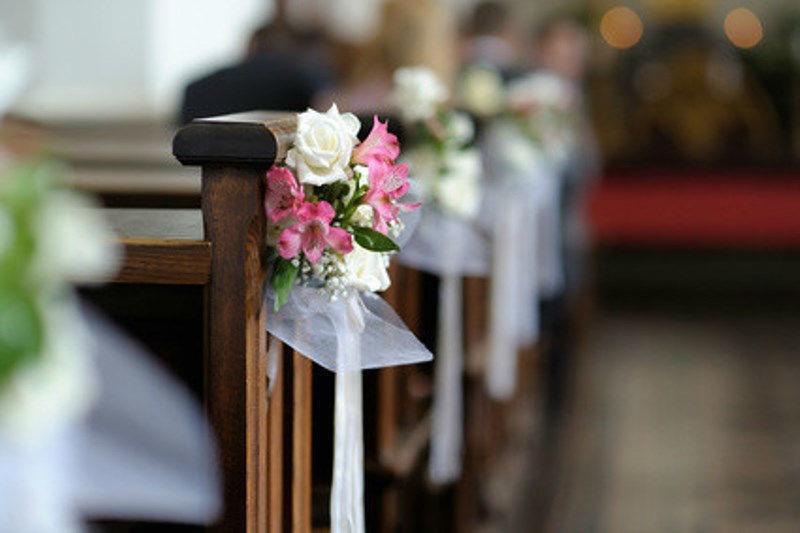 Beispiel: Kirchendekoration, Foto: Blumen Luger.