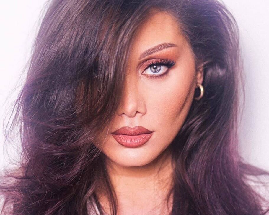 Tonia Calzerano Makeup Artist
