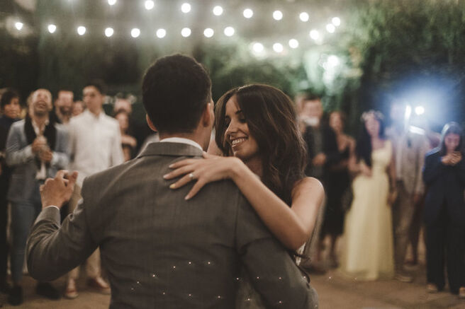 White Moment Wedding