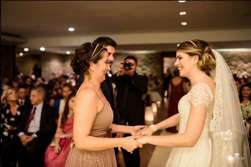 Casamento Camila e Rodolfo. Celebração: Babi Nascimento | Foto: Jonas Pelani Cinefotografia