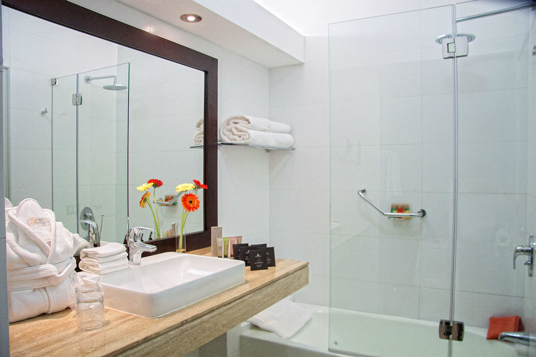 Bathroom Executive Suite Foresta Hotel Lima San Isidro