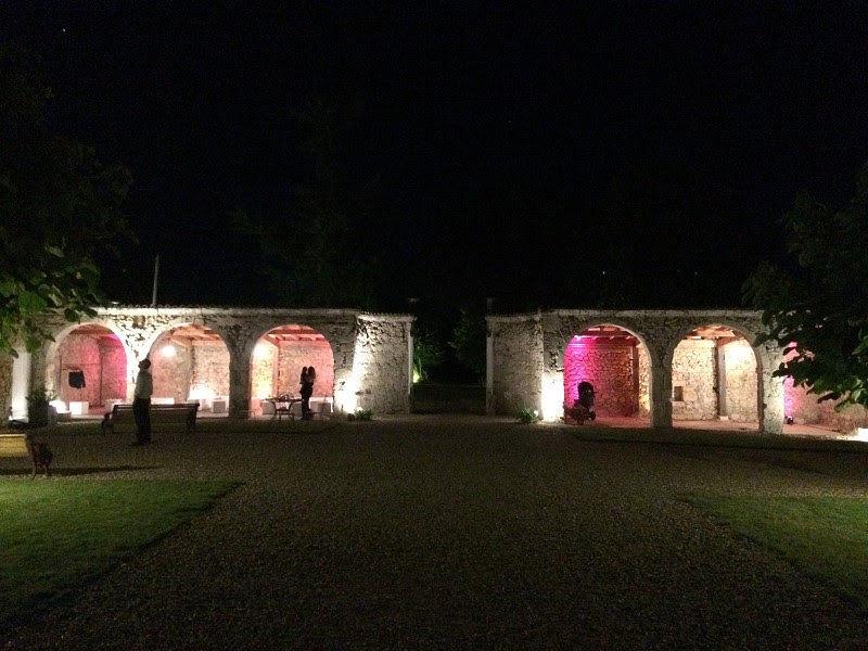 Château de Hitte Cour vue de nuit