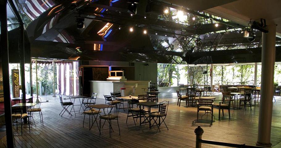 La Carpa Fellini. En la que podrás celebrar un gran banquete, ya que cuenta con la capacidad de acoger hasta 400 invitados.