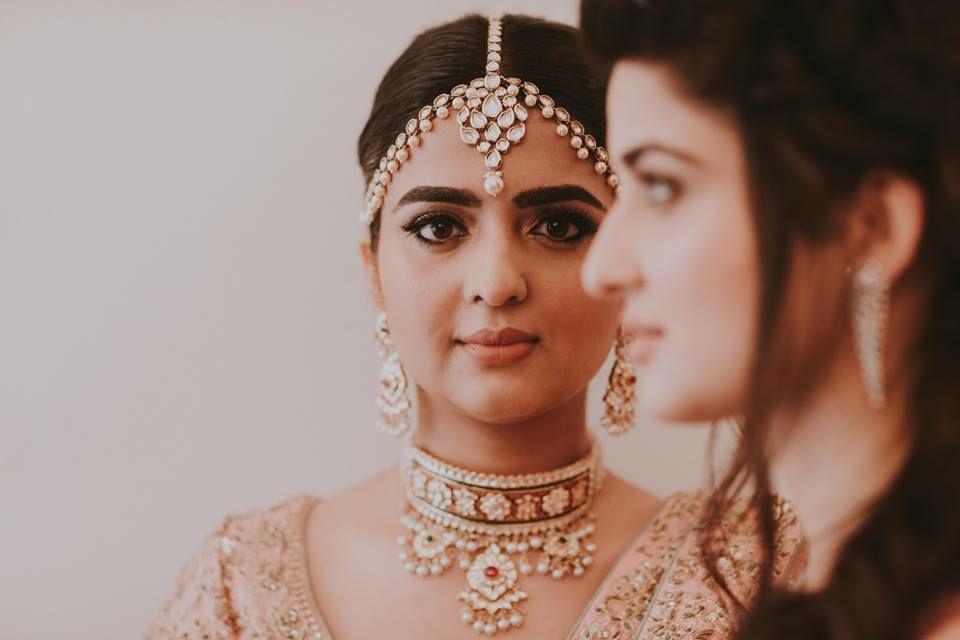 Makeup By Aradhana Khanna