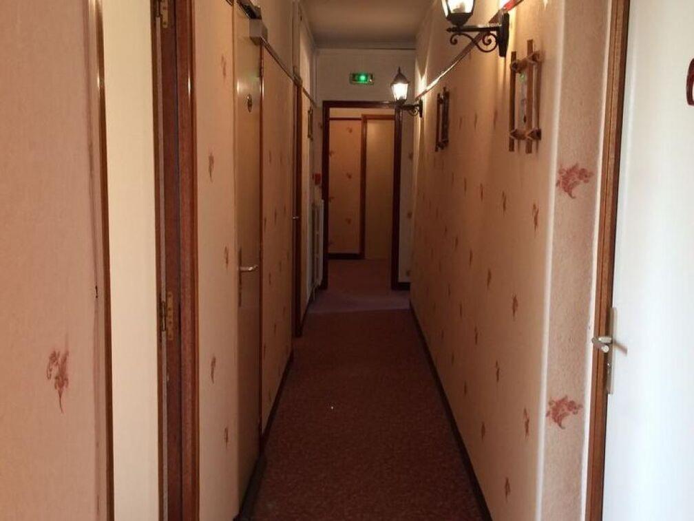 Hôtel du 6 Juin**