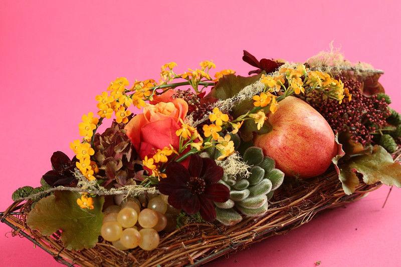 Beispiel: Individuelle Gestecke, Foto: Edelkraut Event-Floristik.