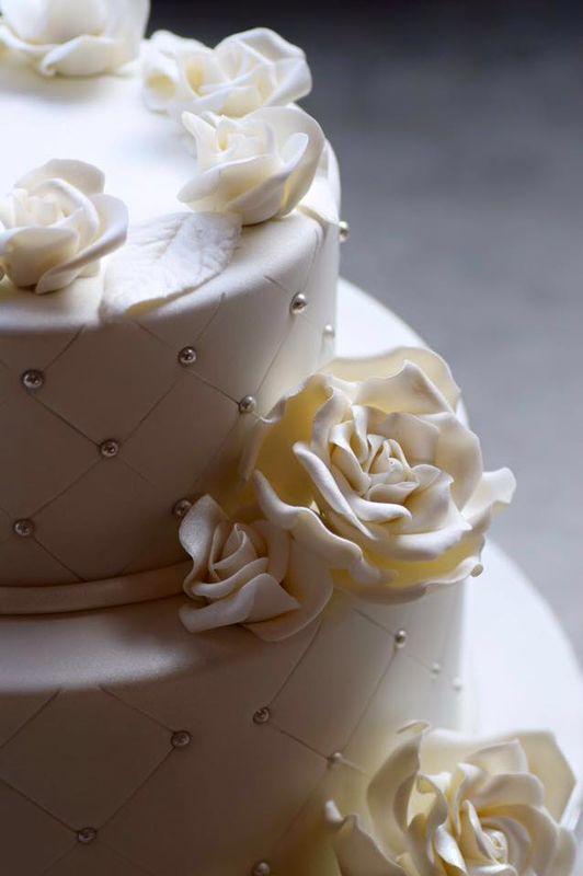 Conçu Cakes