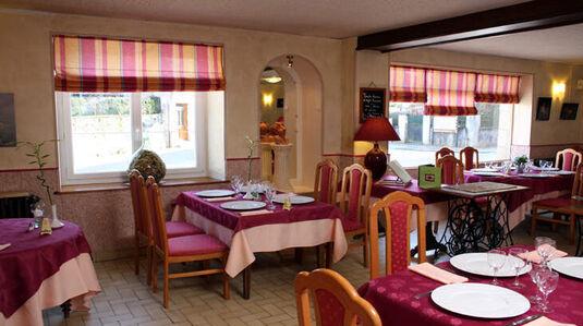 Hôtel-restaurant des Voyageurs**